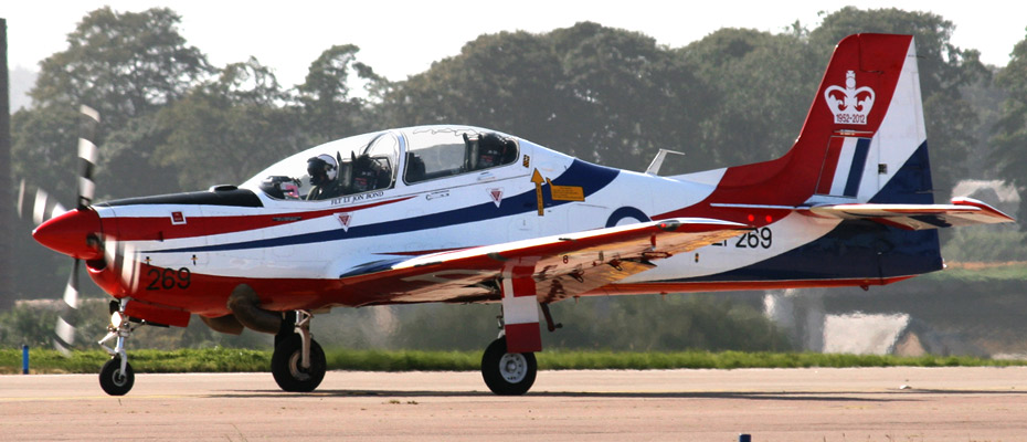 RAF Shorts S-312 Tucano T1 ZF269, in 2012 display colours, commemorating the Queen's Diamond Jubilee.