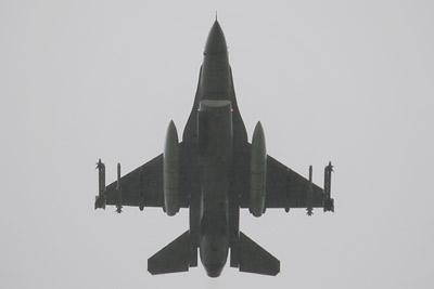 RNoAF Fokker F-16BM Fighting Falcon s/n 305